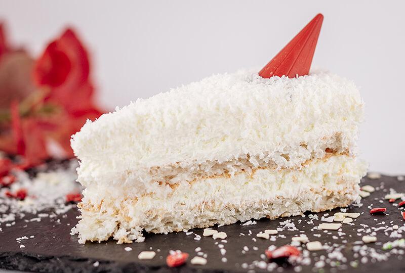 Кокосова торта Рафаело от Marmalad World