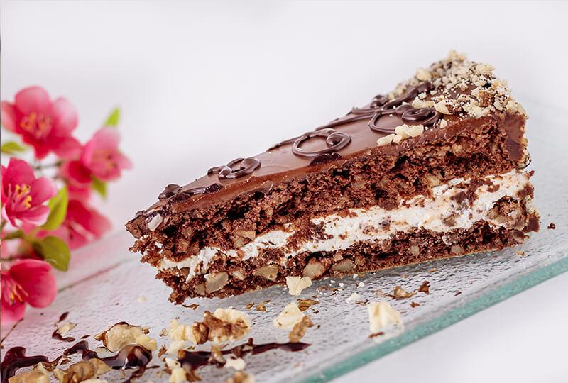 шоколадова торта с ядки от Marmalad World