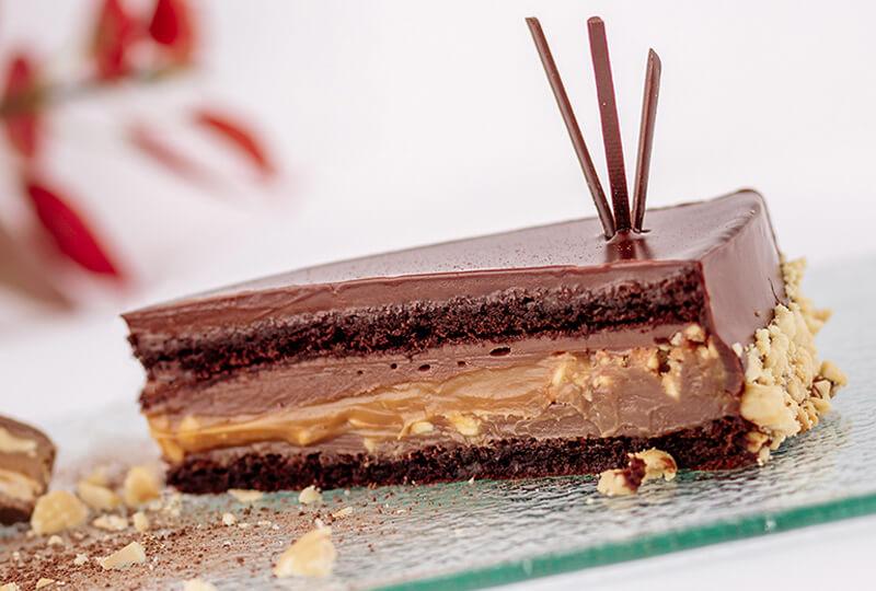 Торта Сникърс от Marmalad World
