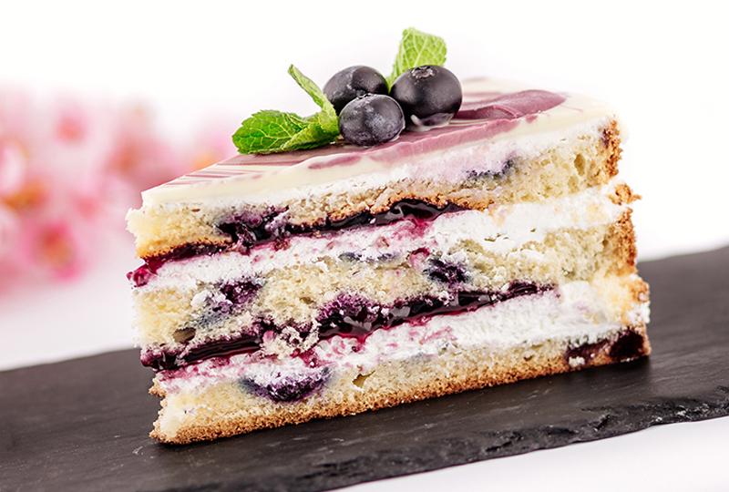 Торта с боровинки от Marmalad World