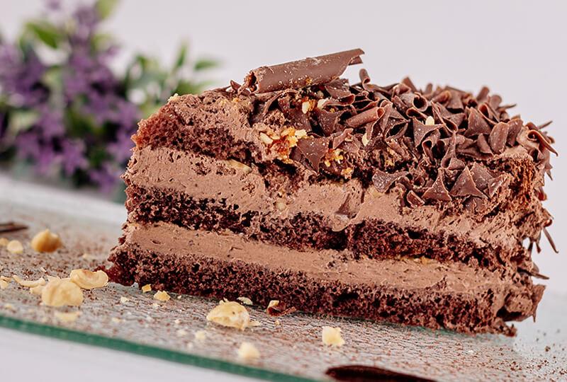 Шоколадова торта с лешници от Marmalad World