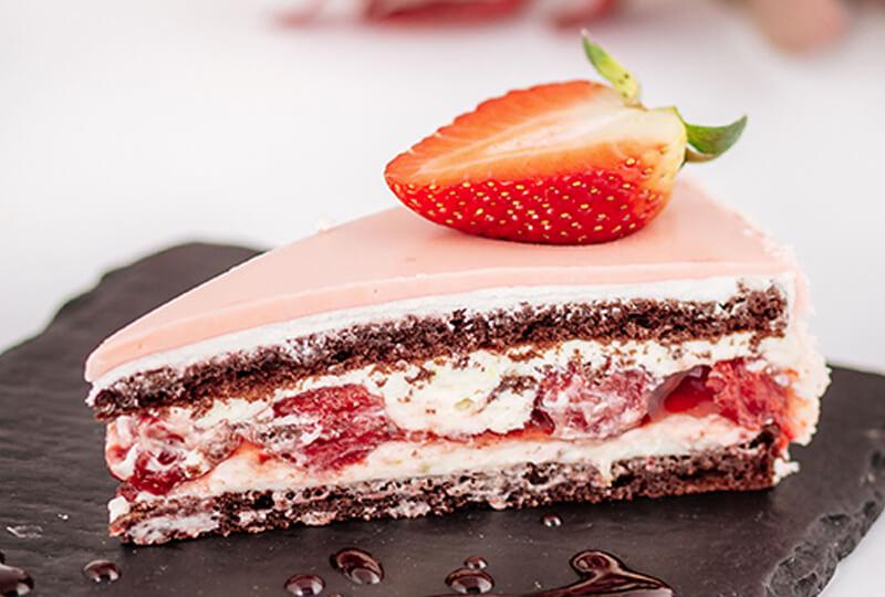 Шоколадова торта с ягоди и лайм от Marmalad World